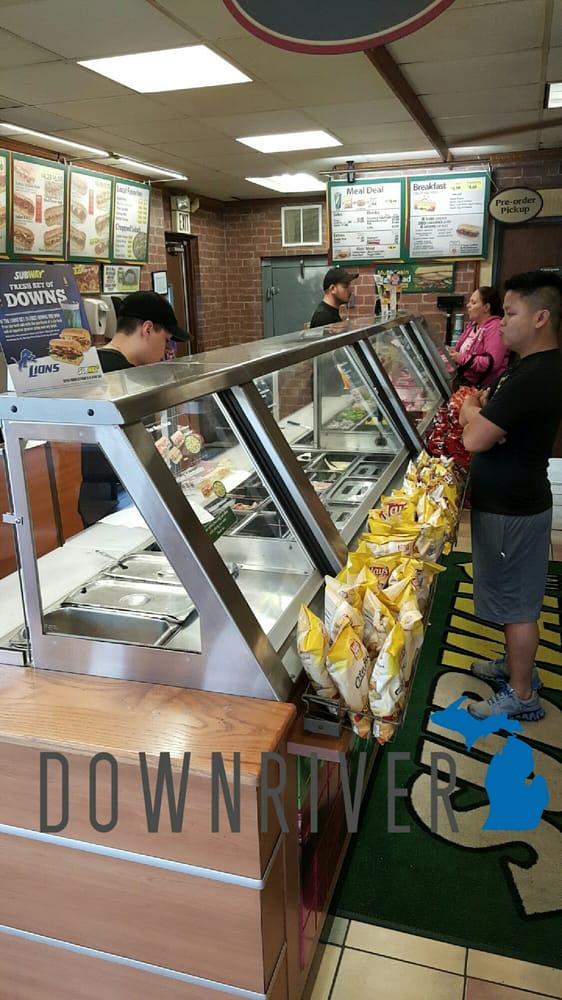 Subway Restaurants Lincoln Park Mi