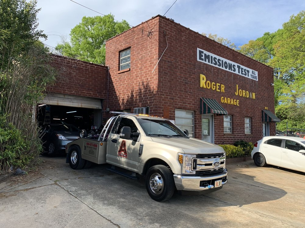 Towing business in Druid Hills, GA