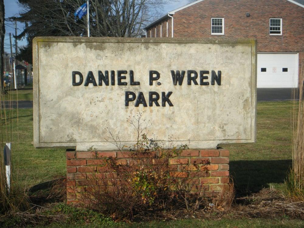 Daniel P Wren Park: Burdick Dr, Westbrook, CT
