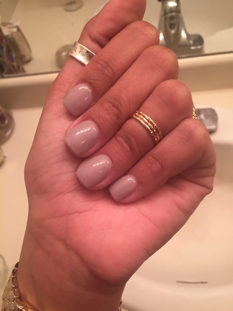 Princess nail salon 101 photos manucure pedicure for Salon tchat