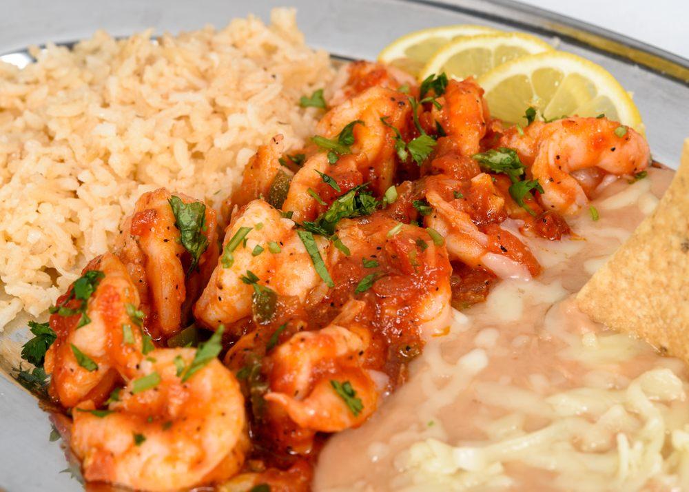 La Chelita Kitchen & Market: 13991 Prairie Ave, Hawthorne, CA