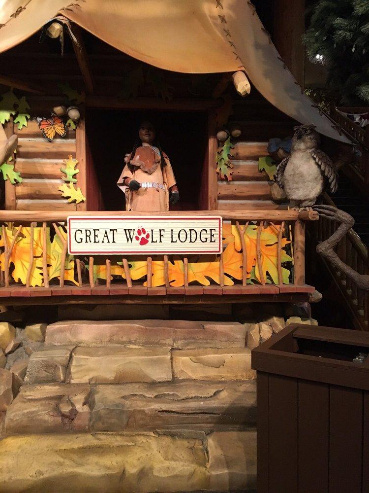 Great Wolf Lodge: 549 E Rochambeau Drive, Williamsburg, VA