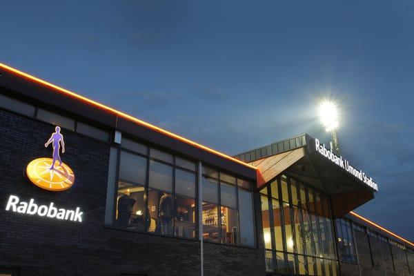 Rabobank ijmond stadion voetbal minister van houtenlaan 123 velsen zuid noord holland - Witte salontafel thuisbasis van de wereldberoemde ...