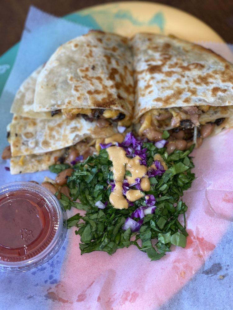 Food From The Heart: 133 W Honolulu St, Lindsay, CA
