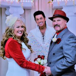 A Elvis Chapel 163 Photos 50 Reviews Wedding Planning 727 S