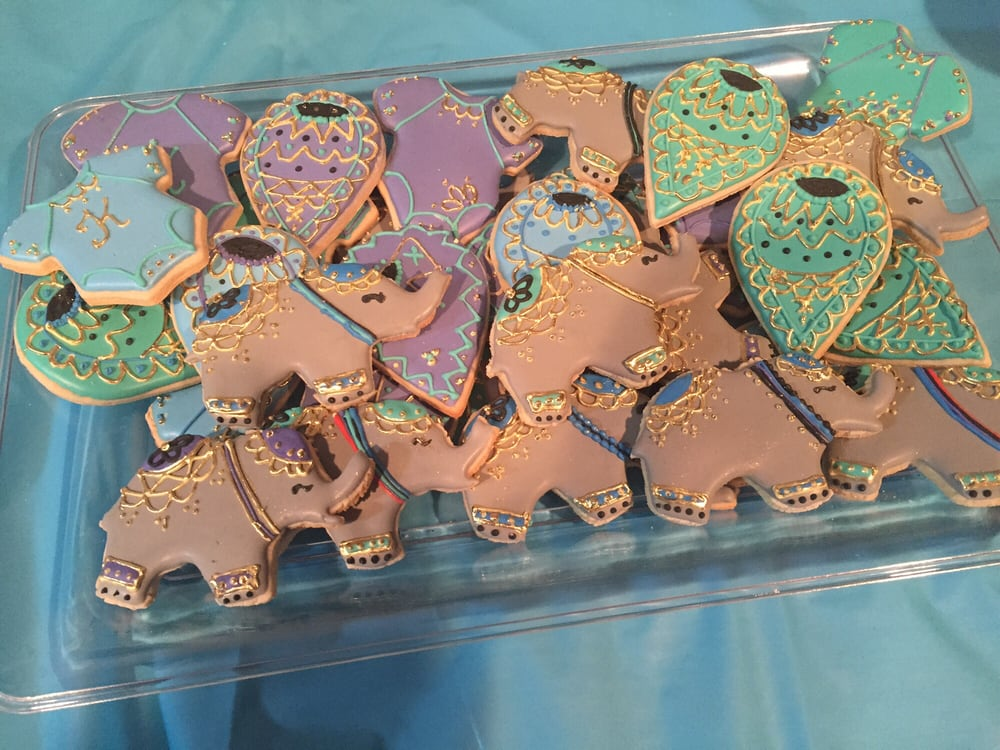 These Cookies Were Done For My Friends Indianbollywood Themed Baby