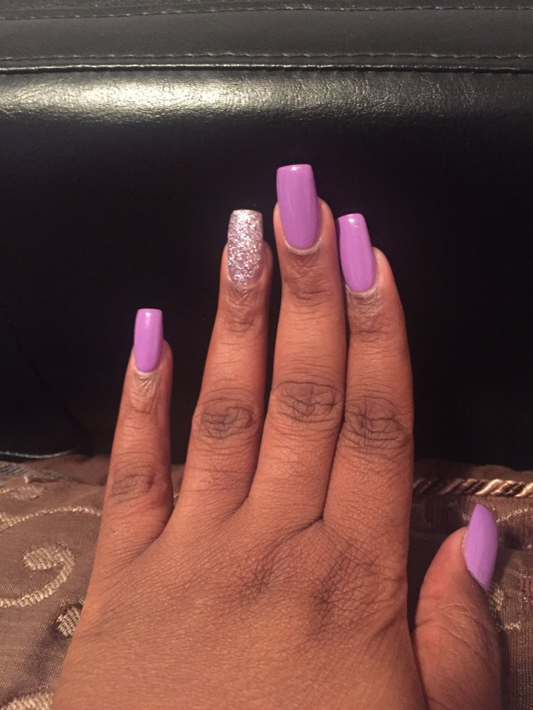 Loves Nails: 4320 E 10th St, Greenville, NC