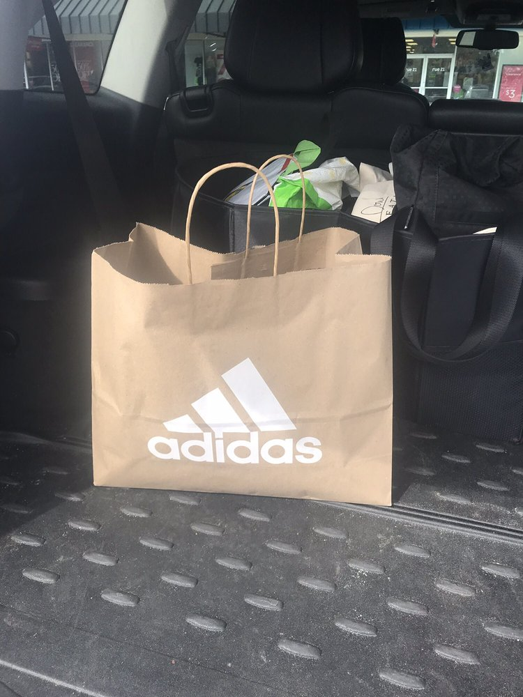 Adidas: 1025 Industrial Park Dr, Smithfield, NC