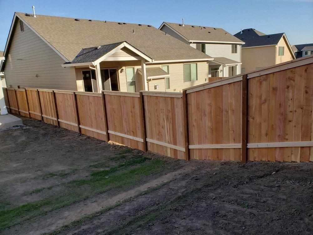 Fence addicts: 19870 SW Farmington Rd, Aloha, OR