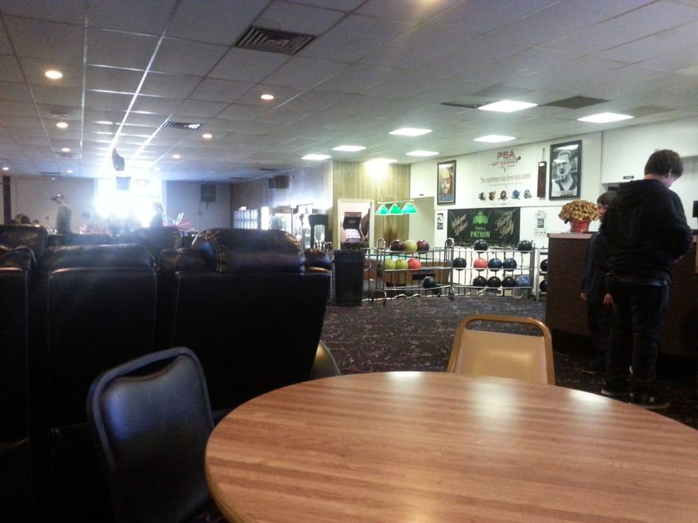Swanton Sports Center Ballroom: 610 N Main St, Swanton, OH