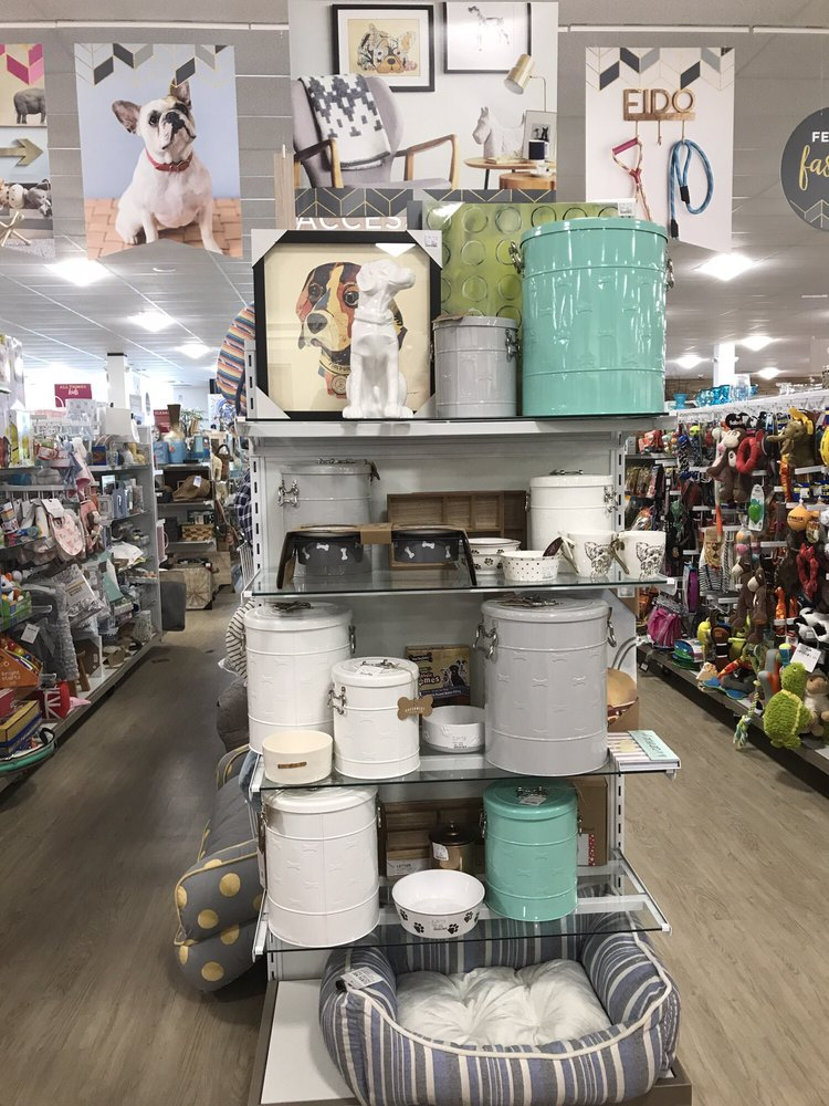 Home Goods: 1256 Town And Country Crossing Dr, Town and Country, MO