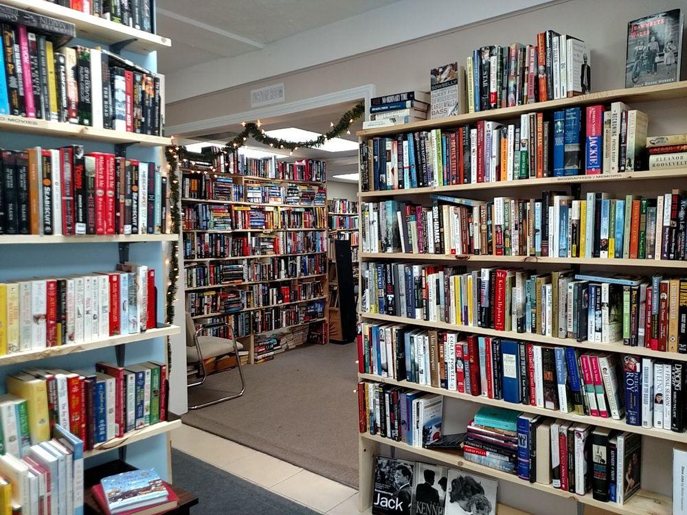 Cottage Used Books: 8331 S State Rd, Goodrich, MI