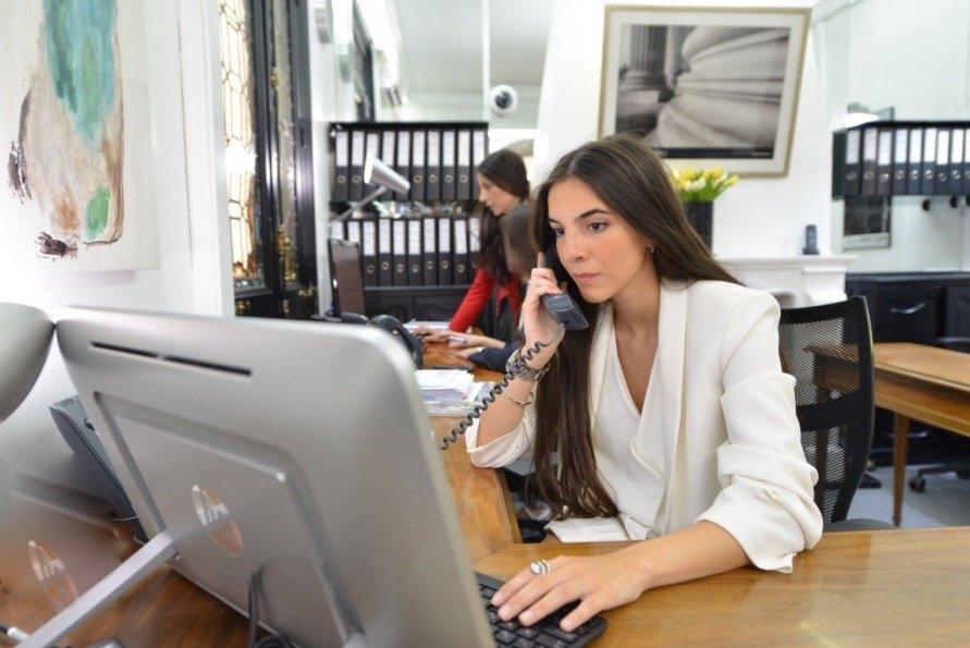 Centros de negocios zuricenter obtener presupuesto 11 for Oficinas ups madrid