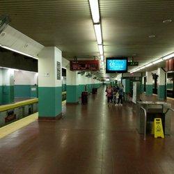 Suburban Station - 19 Photos & 77 Reviews - Train Stations - 34 N ...
