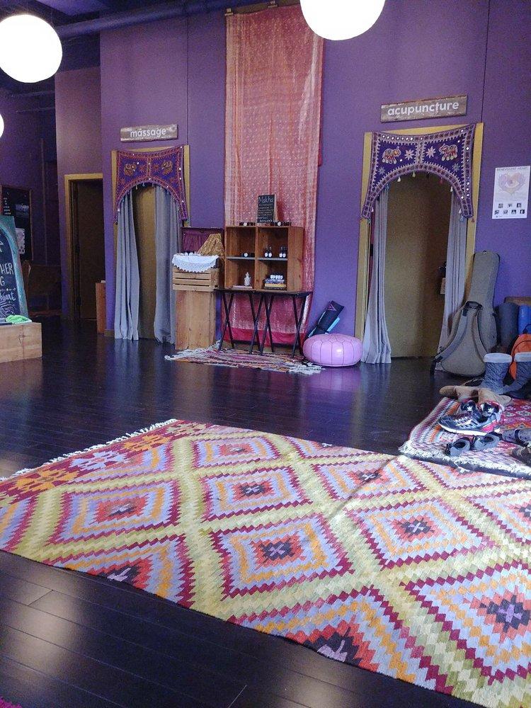 Pranam Yoga Shala: 3925 Farnam St, Omaha, NE