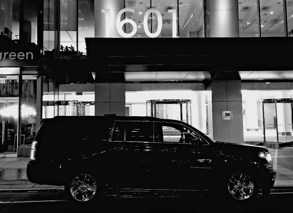 Cartier Black Limousine: 1601 Market St, Philadelphia, PA