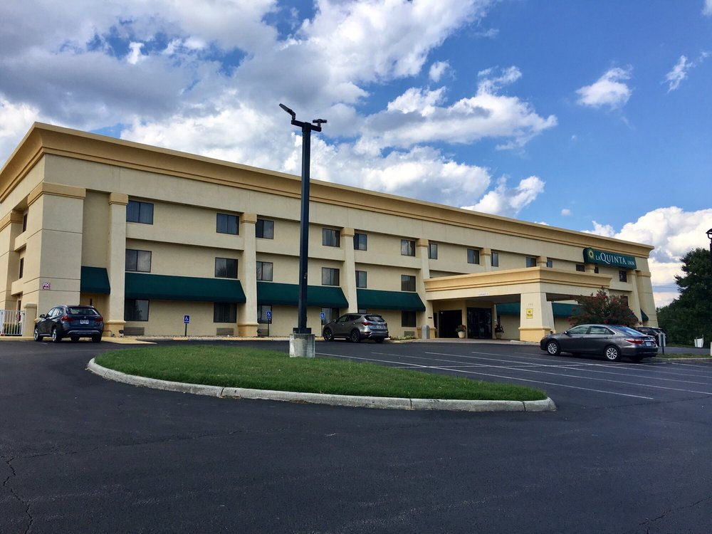 La Quinta Inn by Wyndham Roanoke Salem: 140 Sheraton Dr, Salem, VA