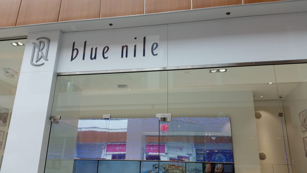 Blue nile 11 photos 10 reviews jewelry 630 old for Roosevelt field jewelry stores