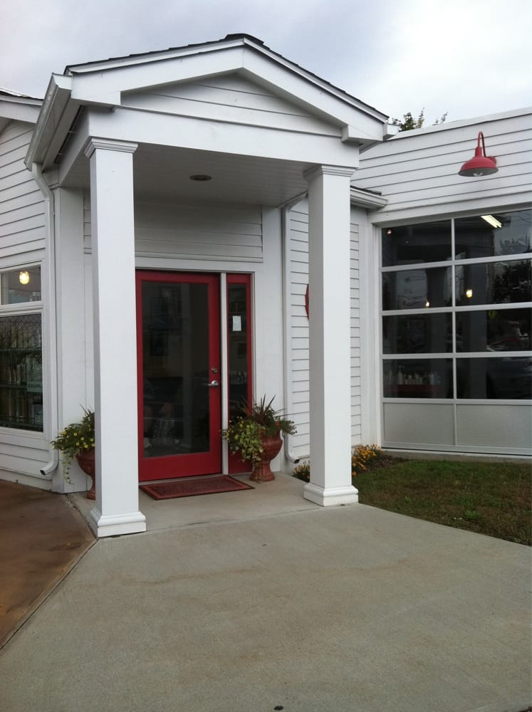 Station 5 Salon: 5 Jabish St, Belchertown, MA