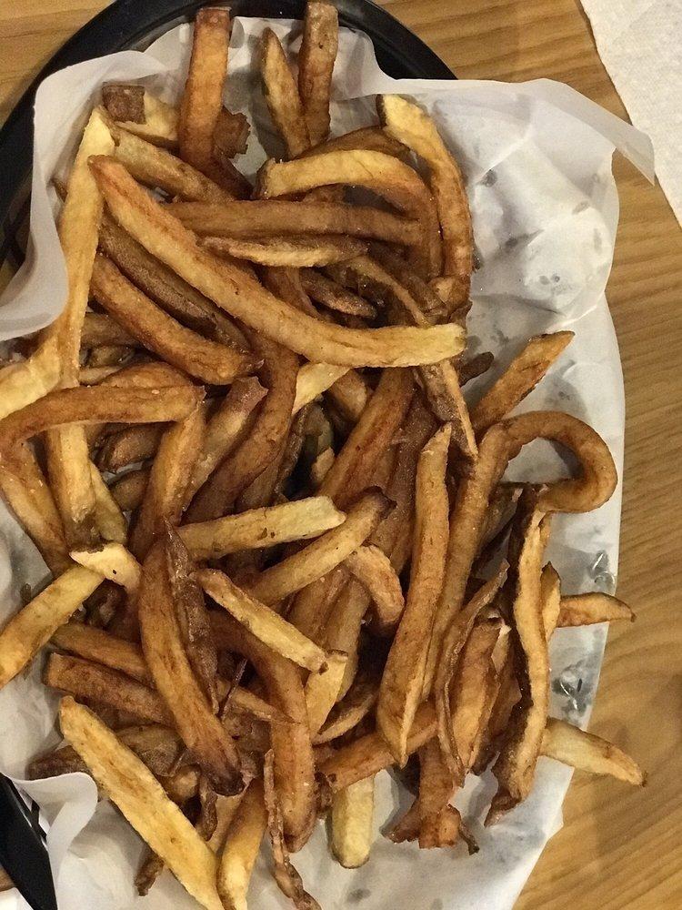 Hunt's Battlefield Fries & Cafe: 61 Steinwehr Ave, Gettysburg, PA