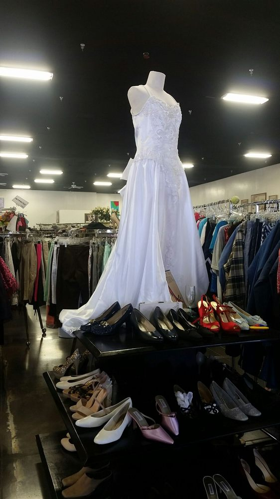Stepping Stones Thrift - Clothing Outlet: 2651 N Industrial Way, Prescott Valley, AZ