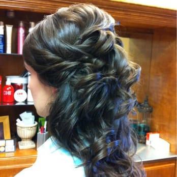 Leannas Family Cuts Salon 290 Photos Hair Salons 427 N Rusk