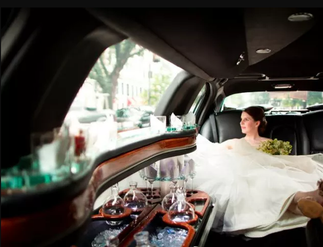 Michaels Limousine: 55 Lewis St, Greenwich, CT