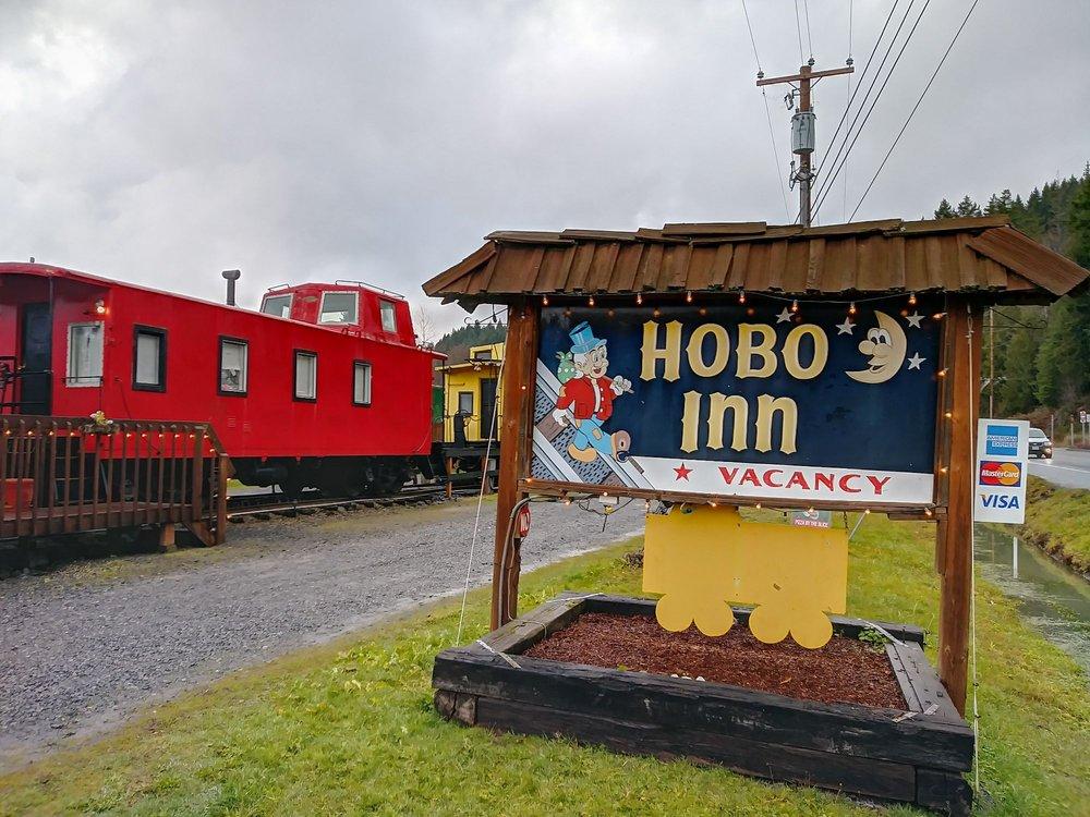 Hobo Inn: 54106 Hwy 7 E, Elbe, WA