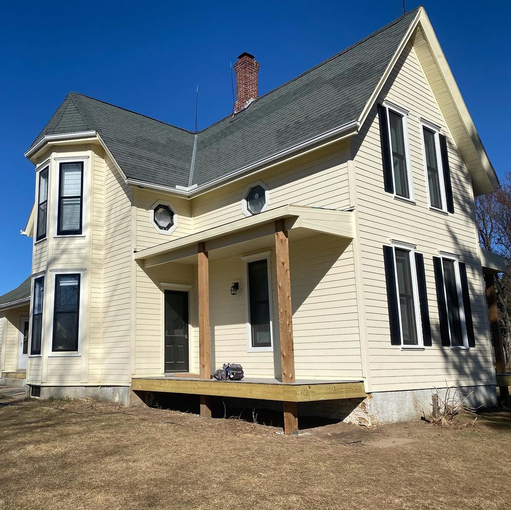 Carp's Complete Exteriors: 17804 Storage Rd, Omaha, NE