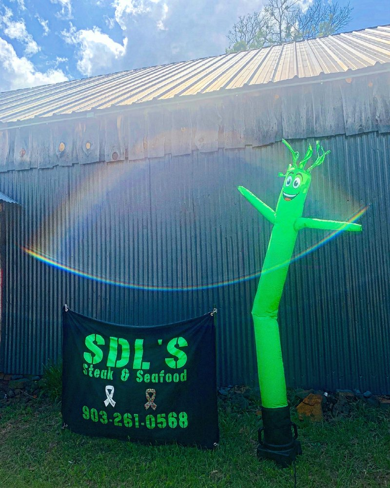 SDL's Steak & Seafood: 855 County Rd 3440, Lake Hawkins, TX