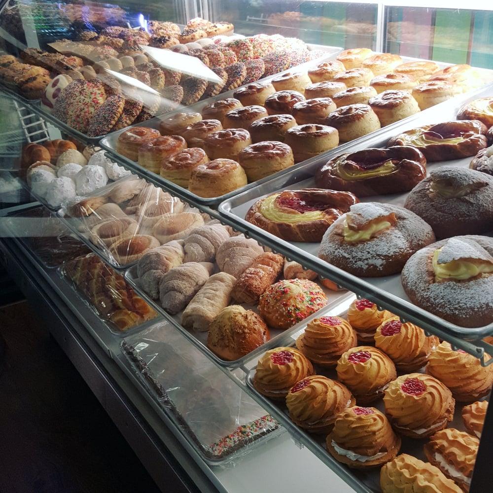 Photo of Delicious Bakery: Alabaster, AL