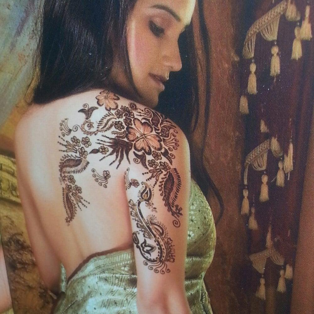 Jyoti threading net henna tattoo designs 5 up two for Henna tattoos locations