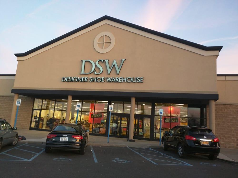 DSW Designer Shoe Warehouse - 13 Photos & 33 Reviews.