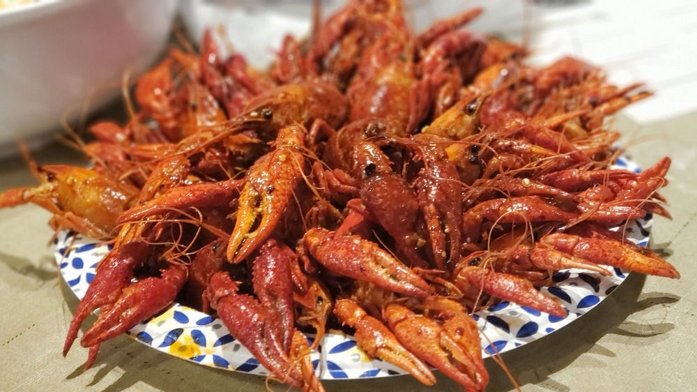 Mama Nith's Crawfish: 604 S Topeka St, Wichita, KS
