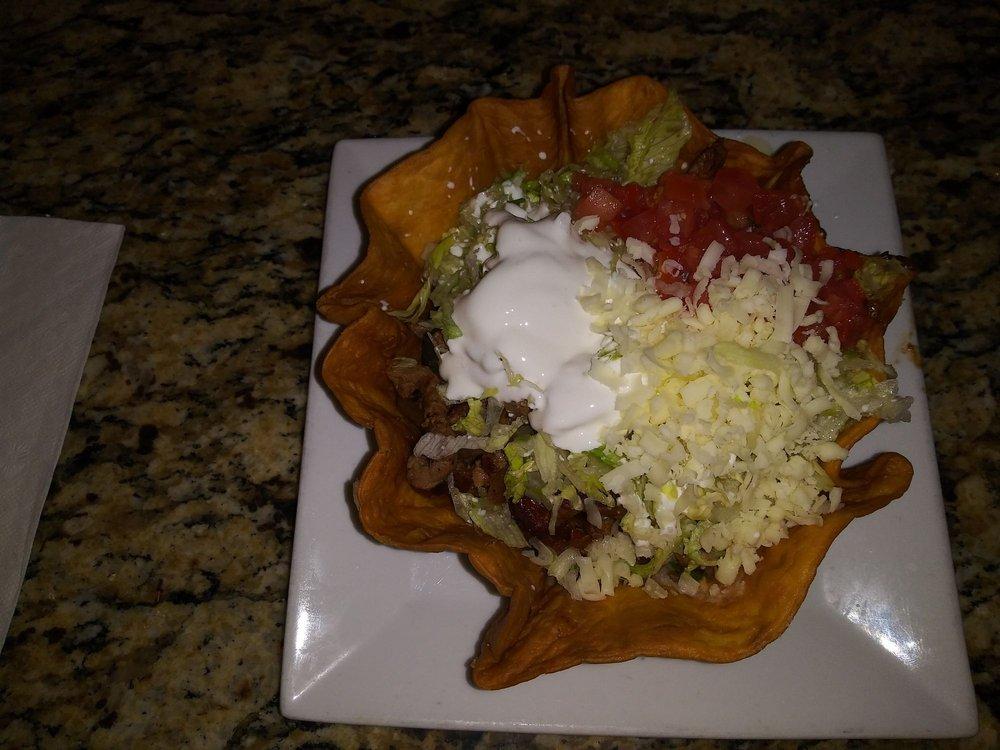 Playa Azul Mexican Restaurant: 710 W 7th Ave, Augusta, KS
