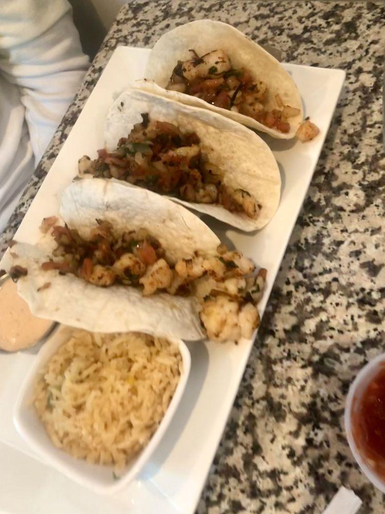 La Catrina Cocina Mexicana: 3165 Wright St, Marquette, MI