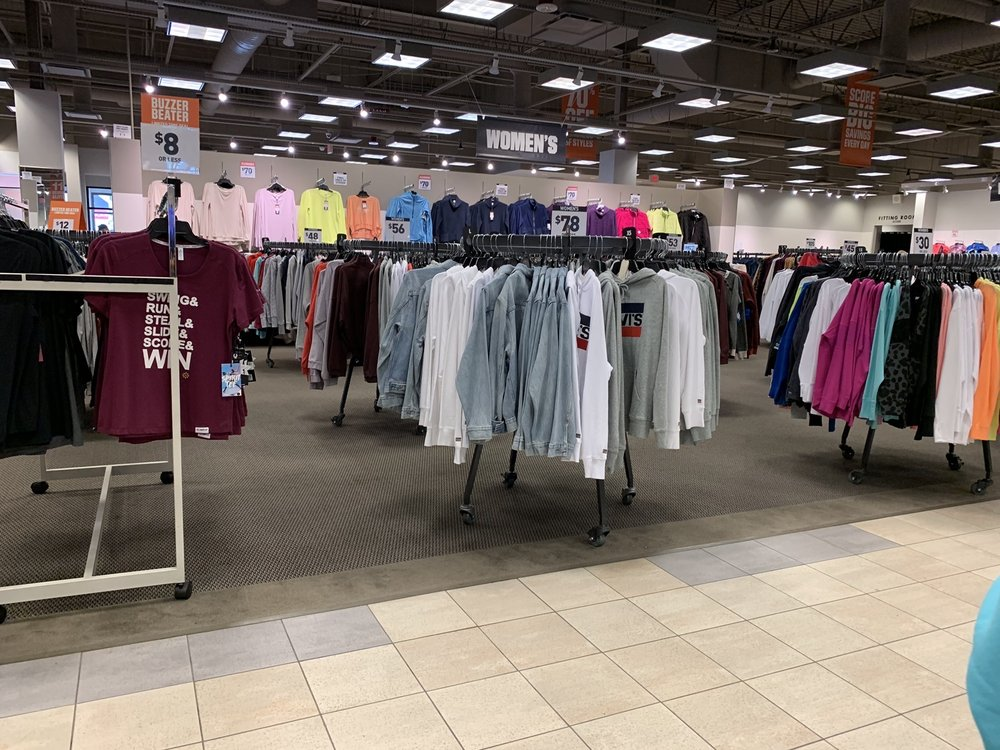 DICK'S Warehouse Sale: 201 The Arches Cir, Deer Park, NY