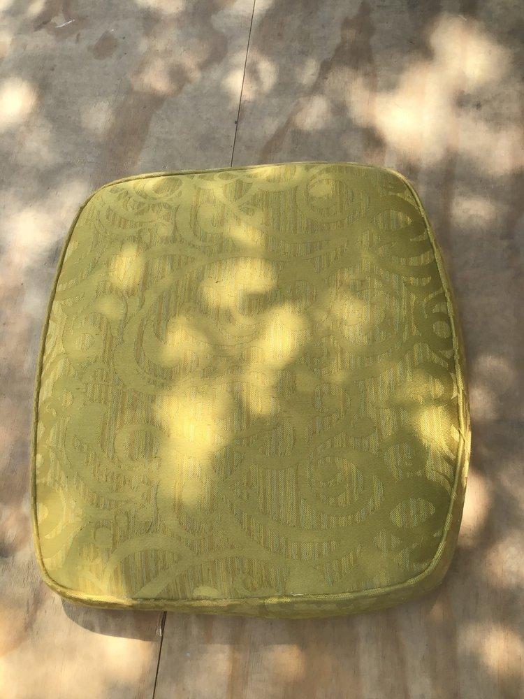 Chuck's Custom Upholstery: 20014 Saratoga Trl, Frisco, TX