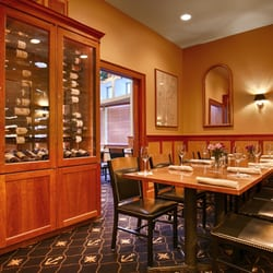 Photo Of Windjammer Restaurant South Burlington Vt United States Dining Room