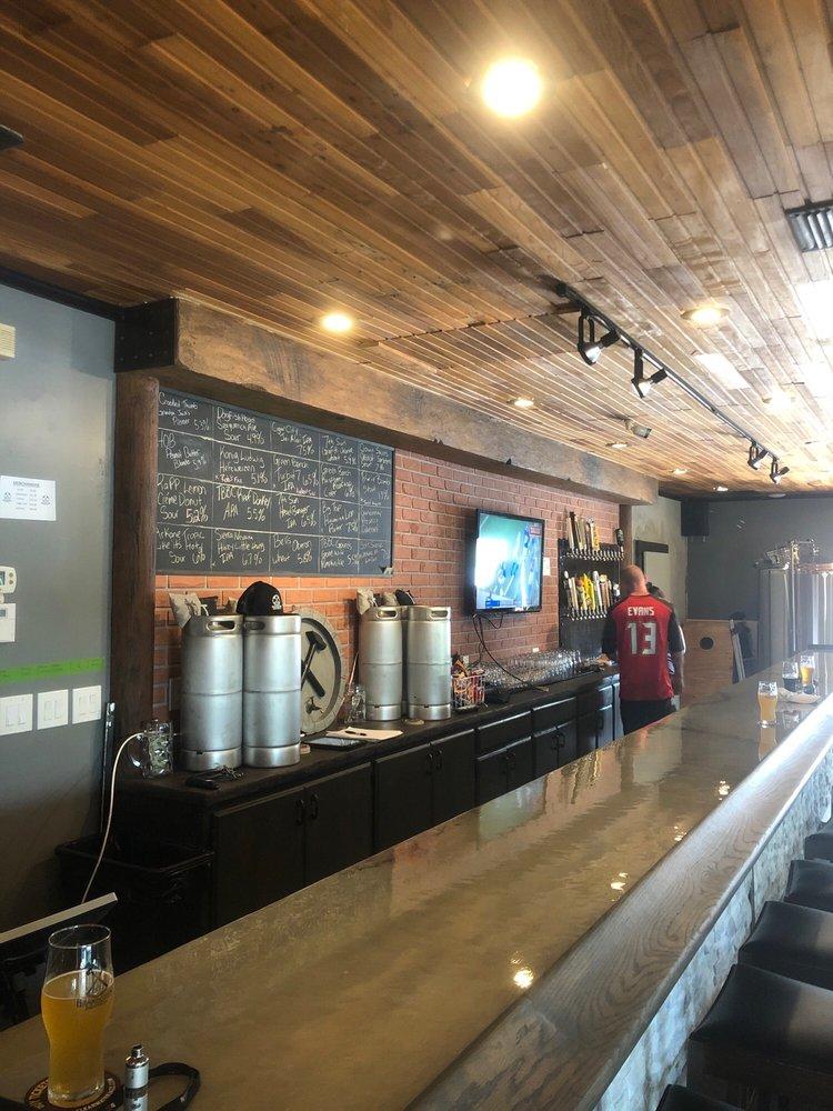 HammerStein Brewing: 1158 7th St NW, Largo, FL