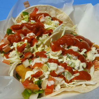 Ricky s fish tacos 747 photos 1054 reviews food for Fish taco white sauce