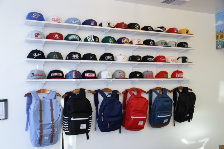 Mint Clothing: 1058 W Taylor St, Chicago, IL