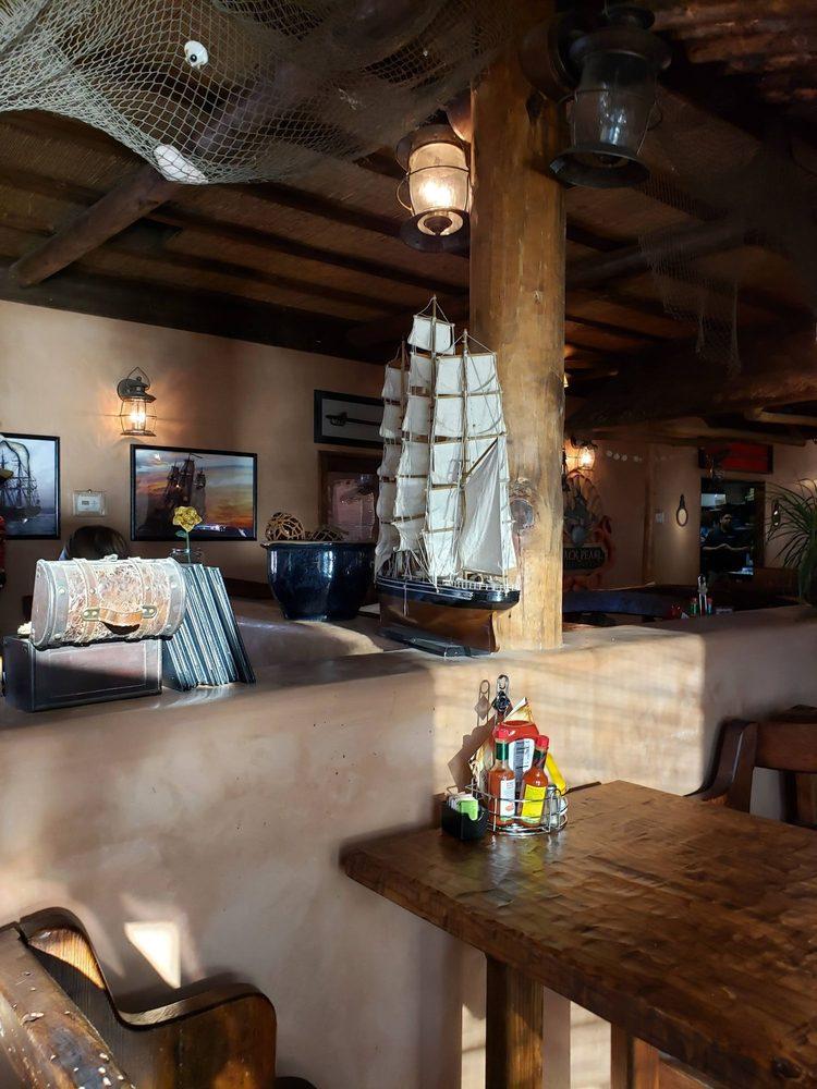Black Pearl Restaurant at Pirates Den Resort: 7350 Riverside Dr, Parker, AZ