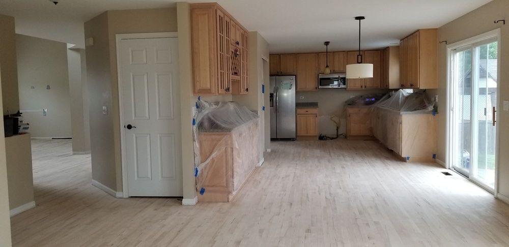 Master Flooring: 5116 N Oneida Ave, Norridge, IL