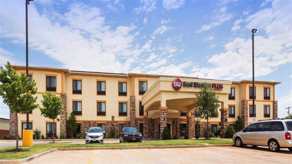 Best Western Plus Fairview Inn & Suites: 802 N Main St, Fairview, OK