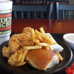 Golden chick american restaurants 1144 e airport blvd for American cuisine austin