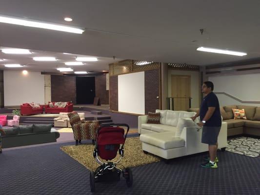 furniture flip 606 w 33rd st n wichita ks furniture stores mapquest. Black Bedroom Furniture Sets. Home Design Ideas