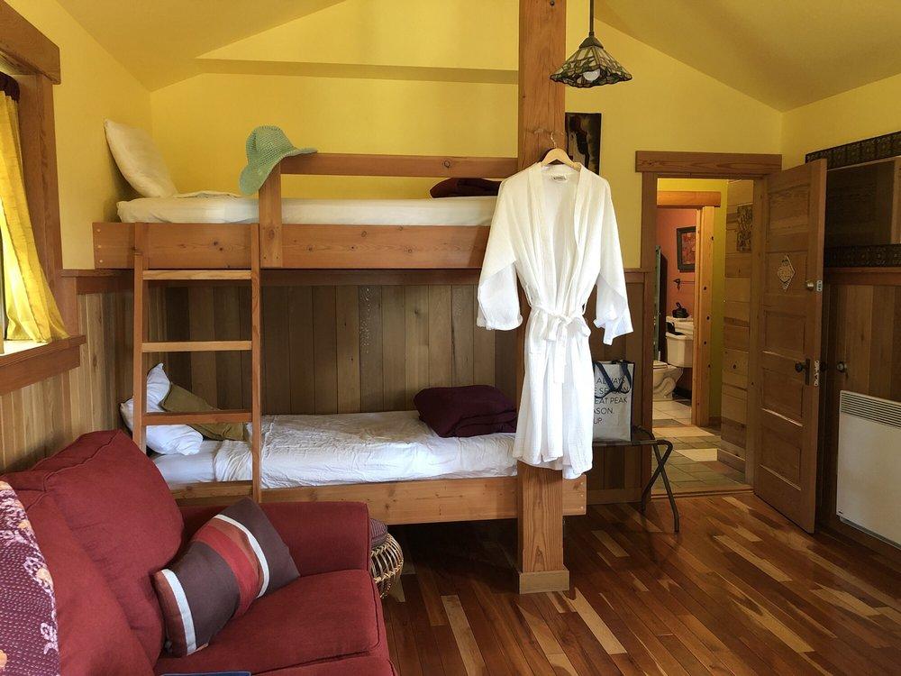 Juniper Lane Guest House: 1312 Beaverton Valley Rd, Friday Harbor, WA