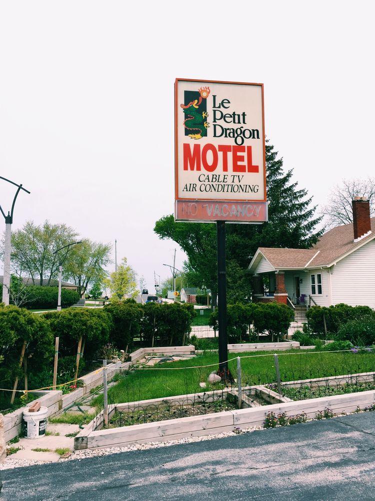 RV Rental in Village of Grosse Pointe Shores, MI