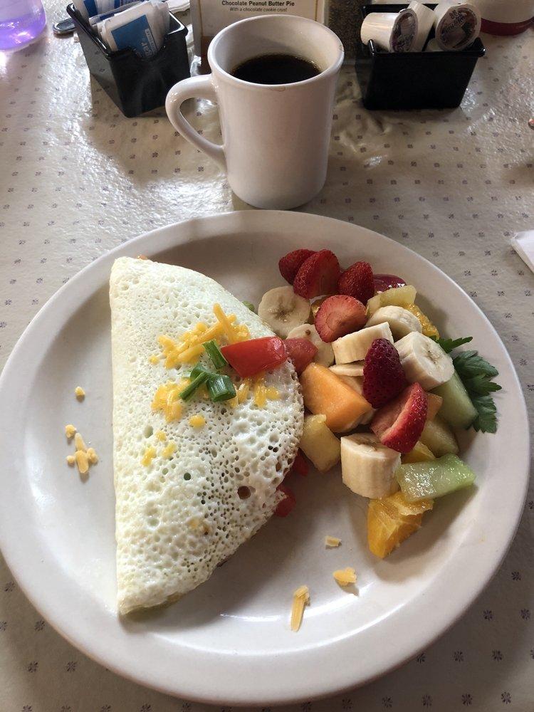 Lazy Susan Cafe: 126 N Hemlock St, Cannon Beach, OR